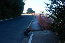 Obras inacabadas também dificultam acesso. | Foto: Andressa Zuffo