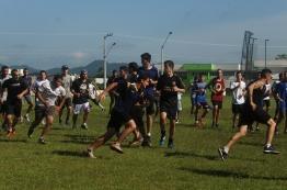 Em segunda seletiva, Itajaí Dockers recebeu mais de 80 rapazes.   Foto: Andressa Zuffo.