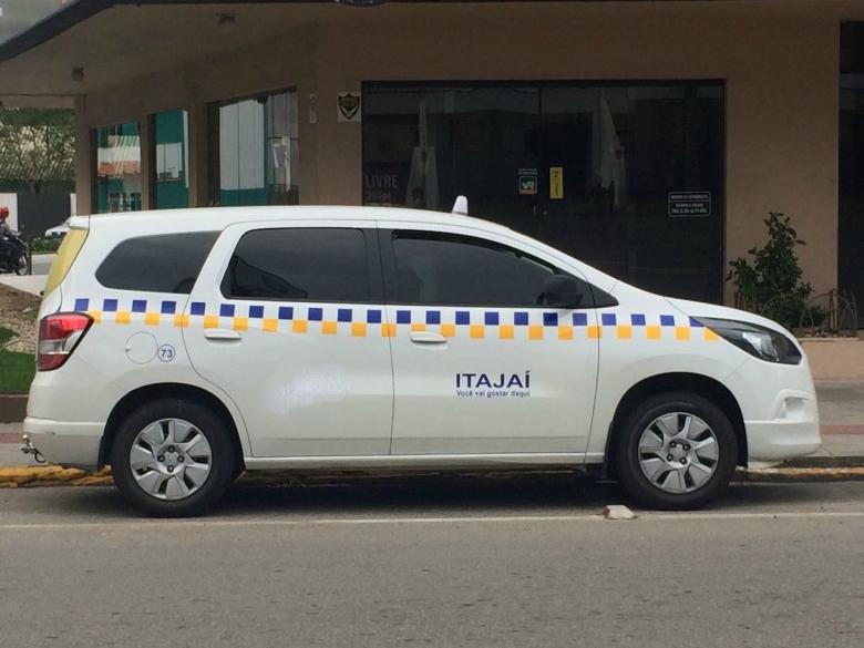 taxi-carro