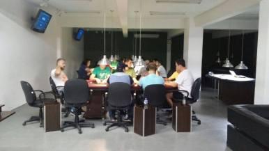 A Associação Blumenauense de Carteado existe desde 2008. (Foto: Adrielle Demarchi)