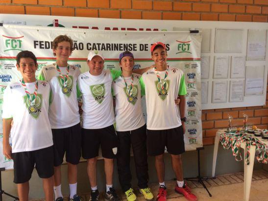 Brizuela, Poli, Douglas Oliveira (treinador), Bundyra e