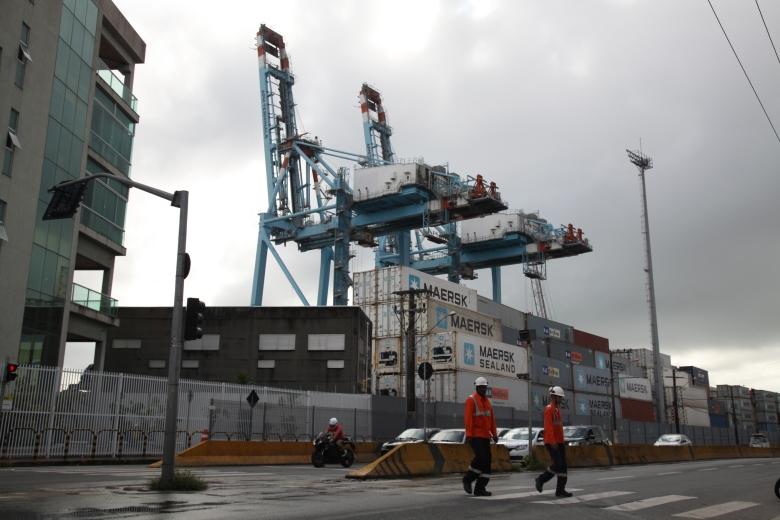 Com movimentação de agosto, Porto cresce 5% em 2017_76635-Fotógrafo(a) - Marcos Porto